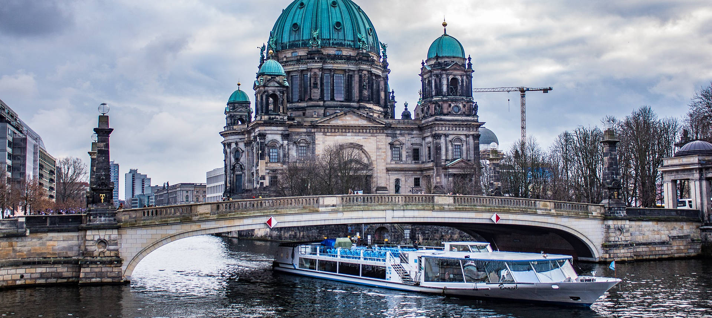 Barco turístico de Berlín