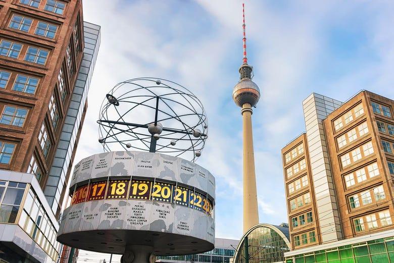 ,Torre de Telecomunicaciones