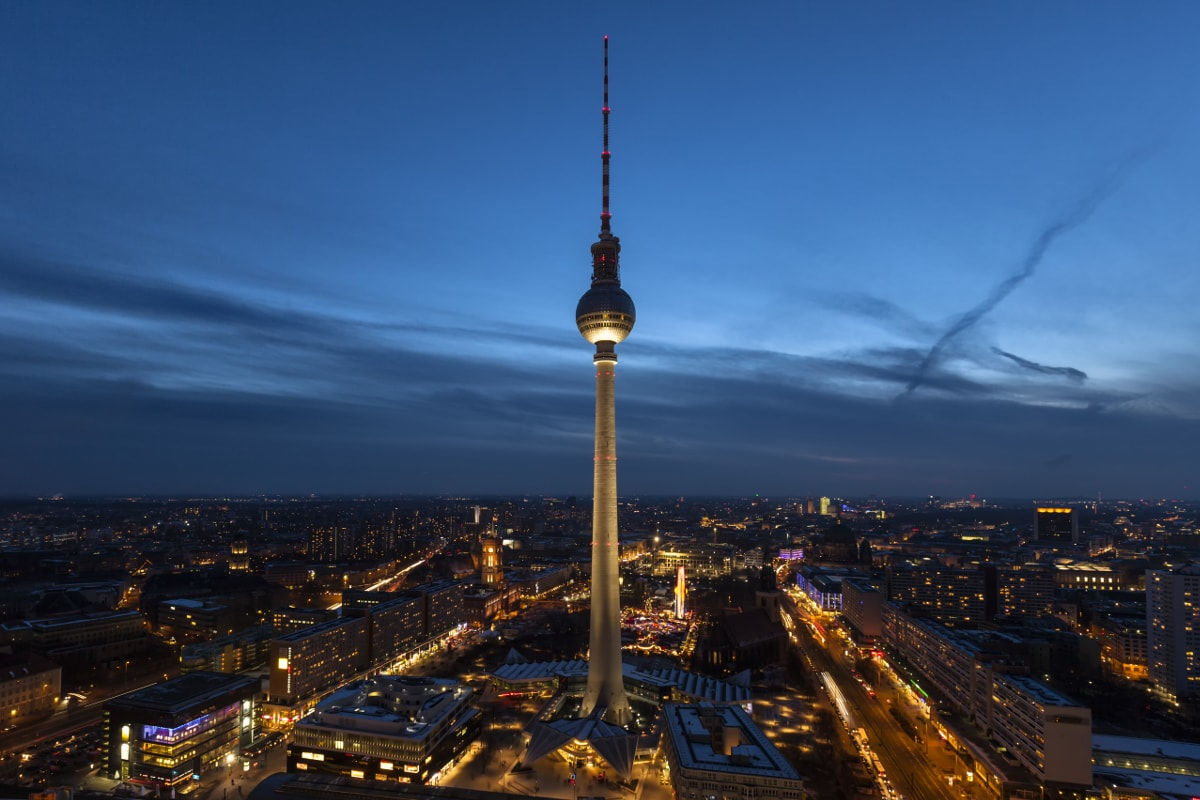 Luxury Dinner At The Tv Tower Restaurant Berlin