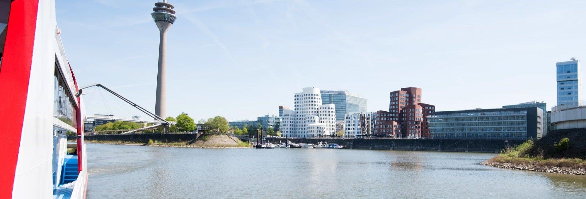 Giro in barca a Düsseldorf