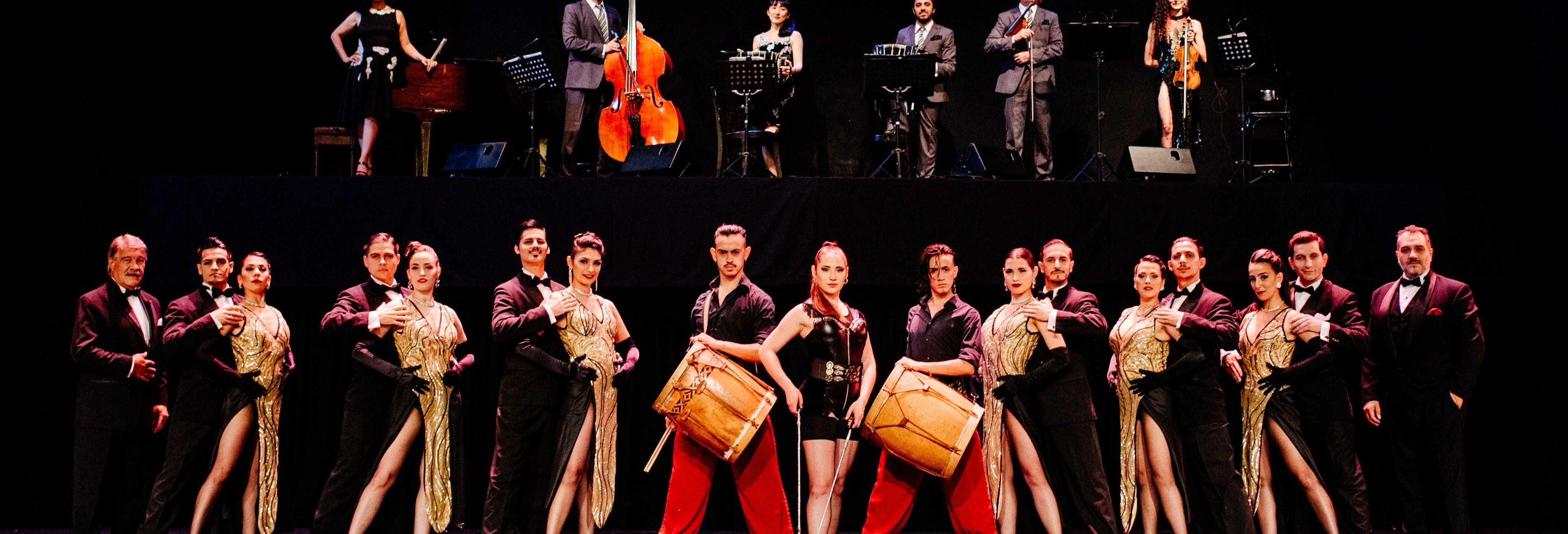 Espetáculo no teatro Tango Porteño