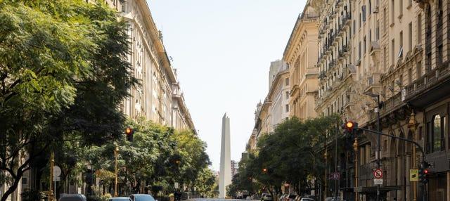 Tour por Buenos Aires + Paseo en barco con almuerzo