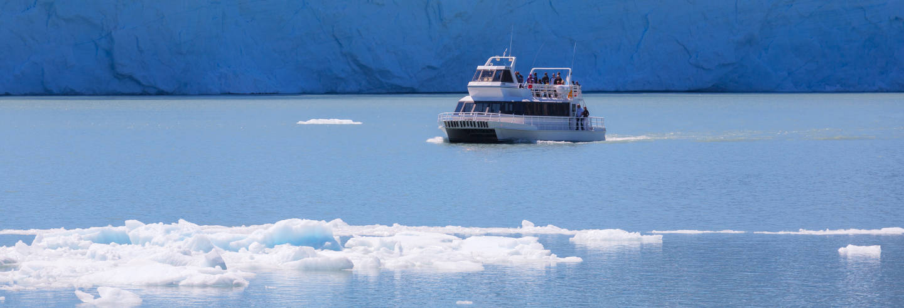 Passeio de barco pelo Glaciar Perito Moreno