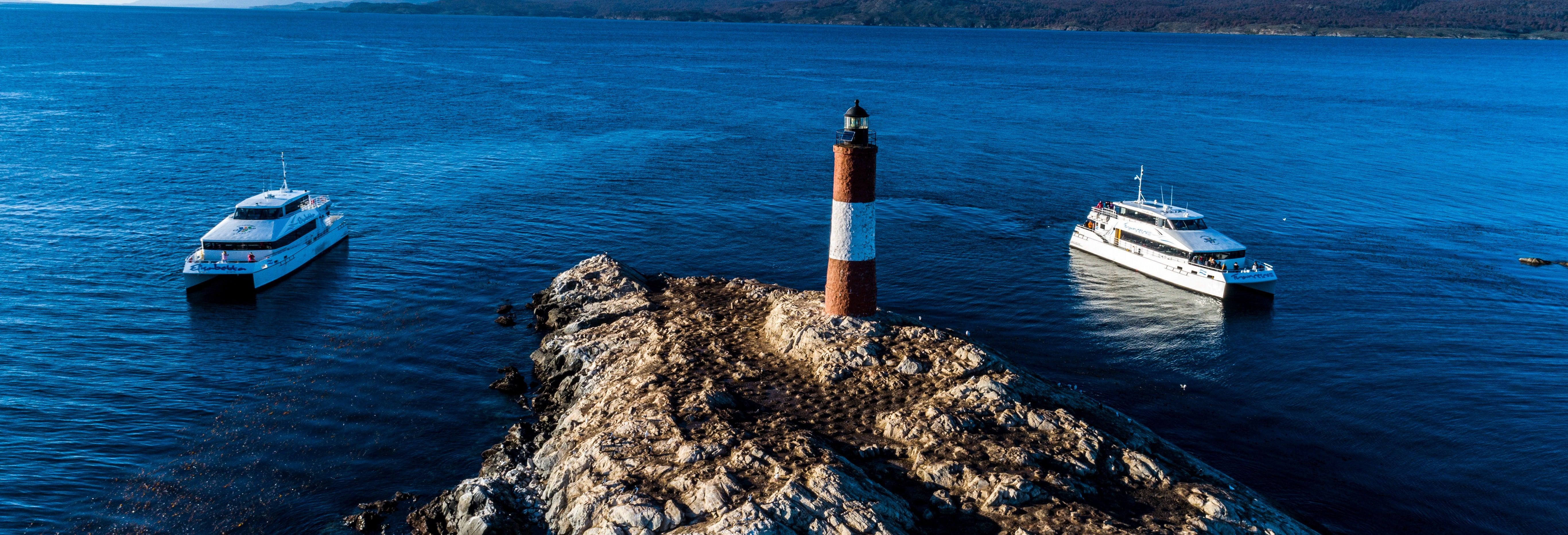 Paseo en barco por el Canal Beagle