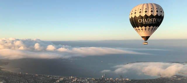 Paseo en globo por Tasmania al amanecer