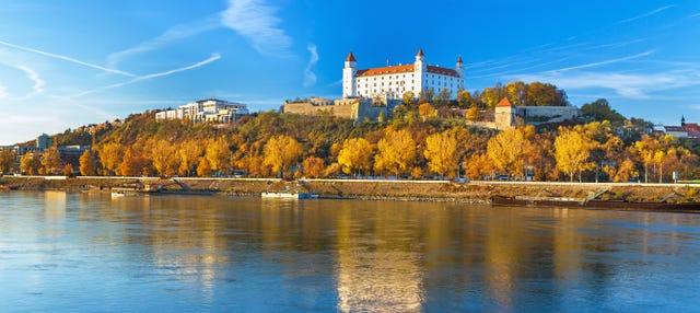 Escursione a Bratislava con ritorno in traghetto
