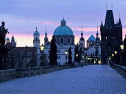 ,Excursión a Praga,Excursion to Praga