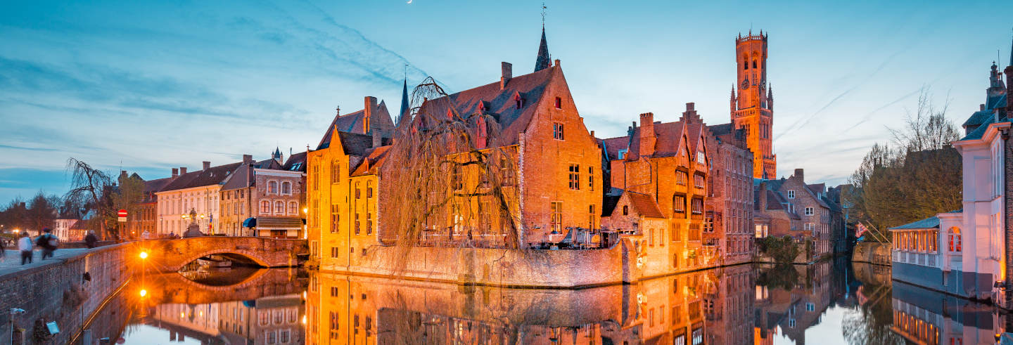 Free Tour of Bruges at Night