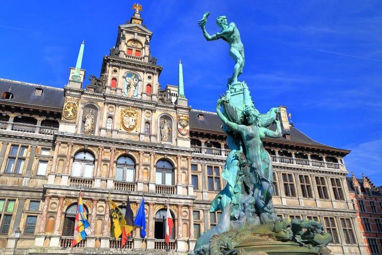 ,Excursión a Gante,Excursión a Amberes,Con Amberes