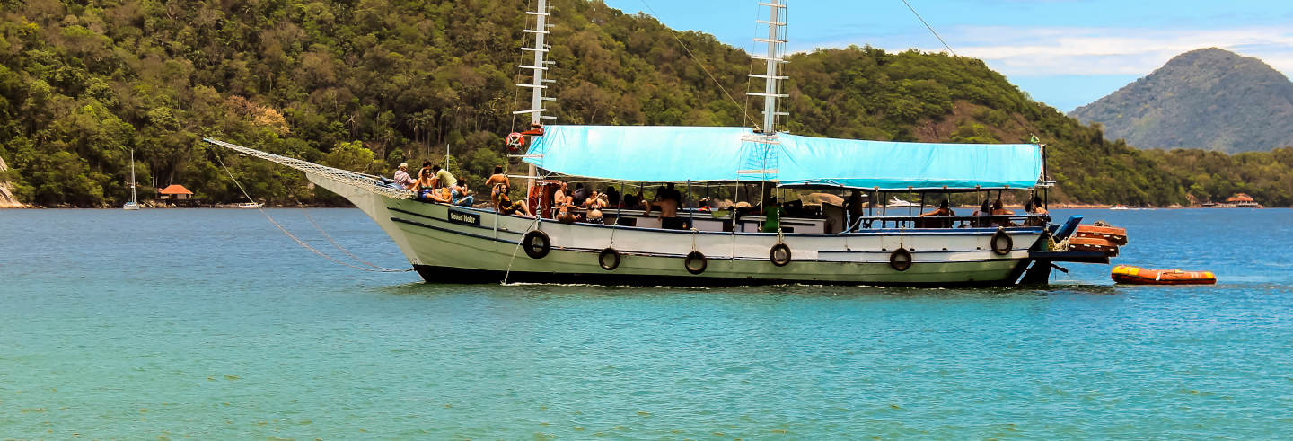 Boat Tour of the Beaches of Angra dos Reis