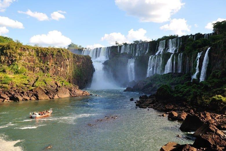 ,Excursión a las Cataratas de Iguazú
