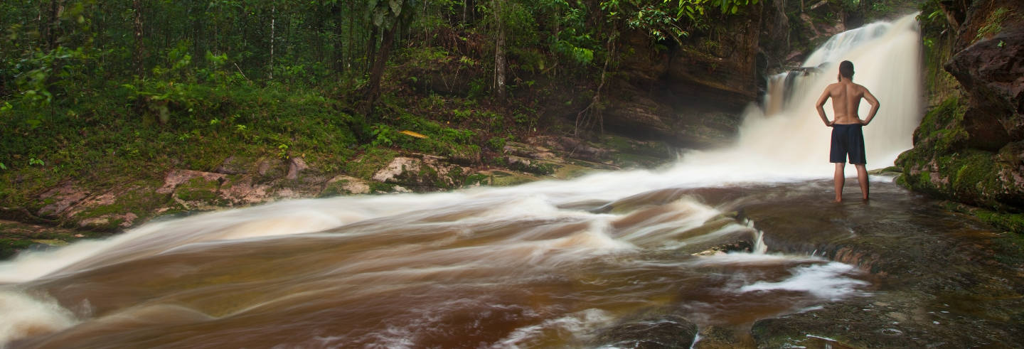 Excursion aux cascades d'Amazonie
