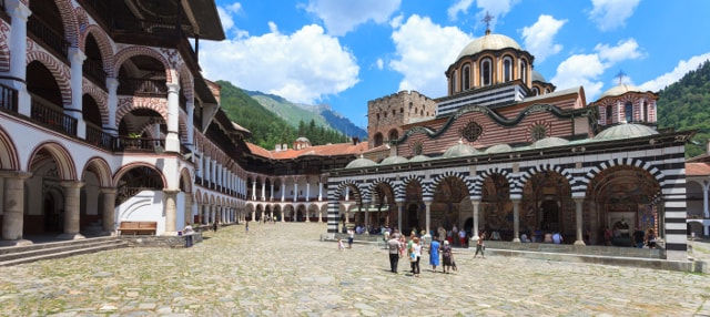 Tour por el monasterio de Rila e iglesia de Boyana