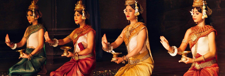 Espectáculo tradicional camboyano Plae Pakaa