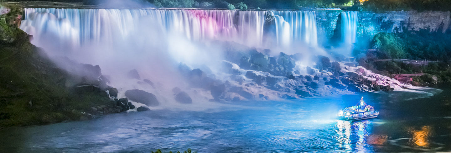 Niagara Falls Night Tour