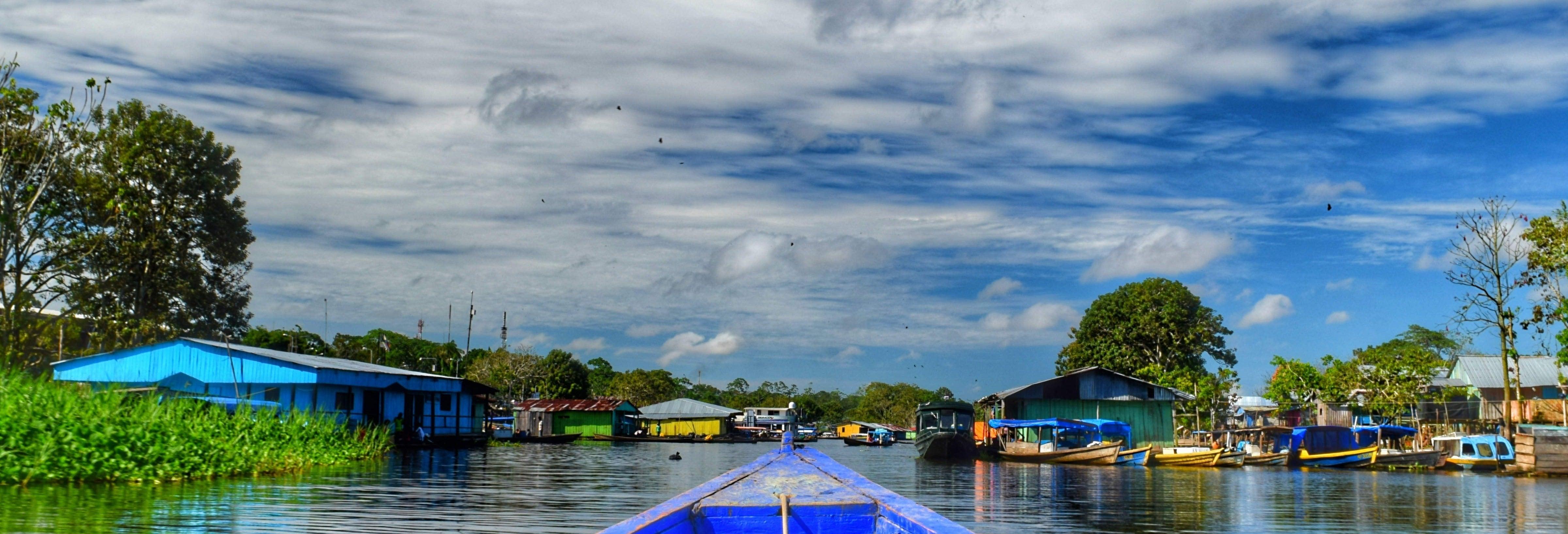 Tour de las tres fronteras por el Amazonas