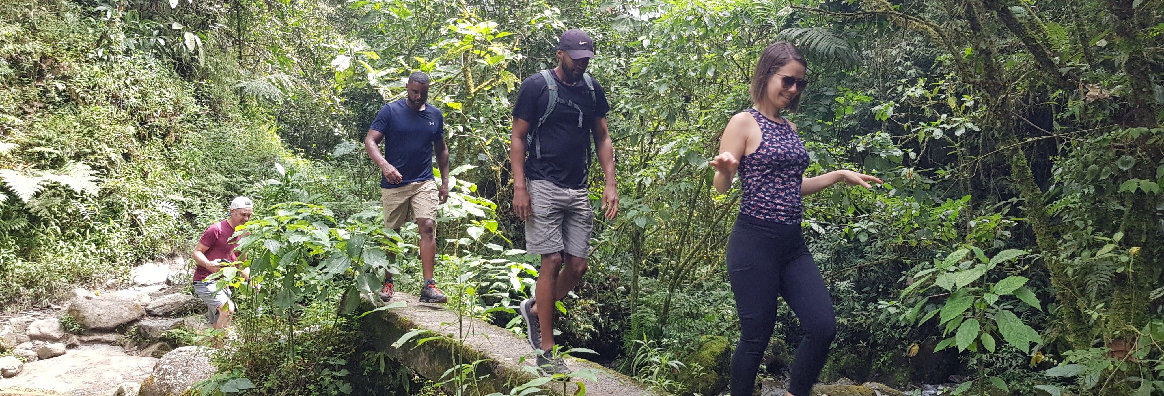 Excursión a la cascada Chorro de las Campanas