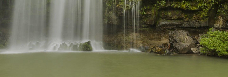 Liberia, Cascate Llanos de Cortés e fiume Bebedero
