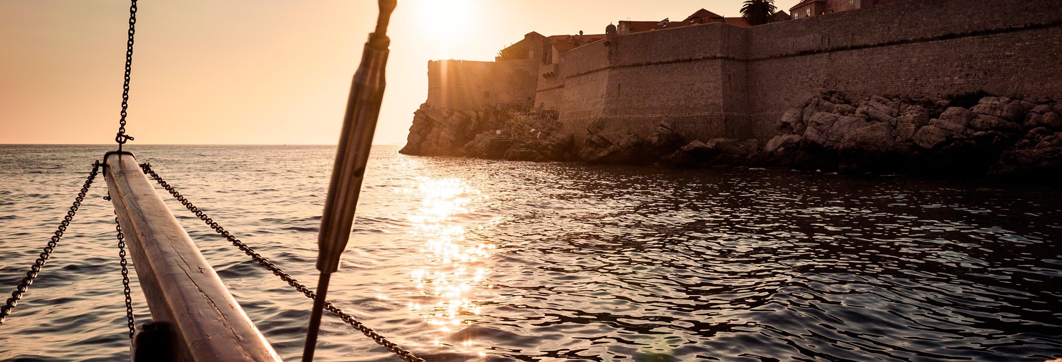 Cruzeiro com jantar por Dubrovnik