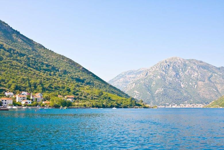 ,Crucero por la costa de Montenegro