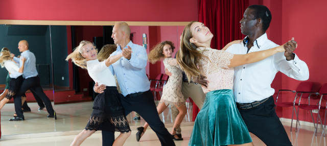 Clase de baile en Trinidad