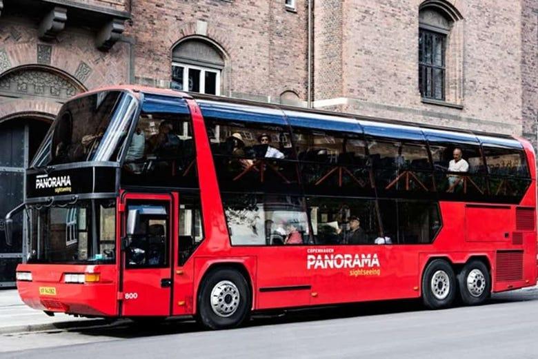 ,Crucero canales de Copenhague,Con autobús turístico