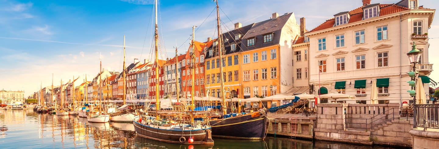 Sightseeing Bus Tour and Canal Boat Trip in Copenhagen