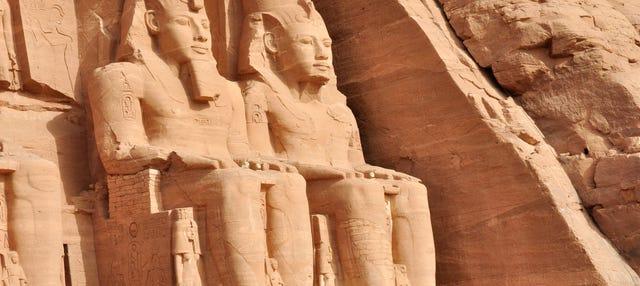 Excursión a Abu Simbel en avión