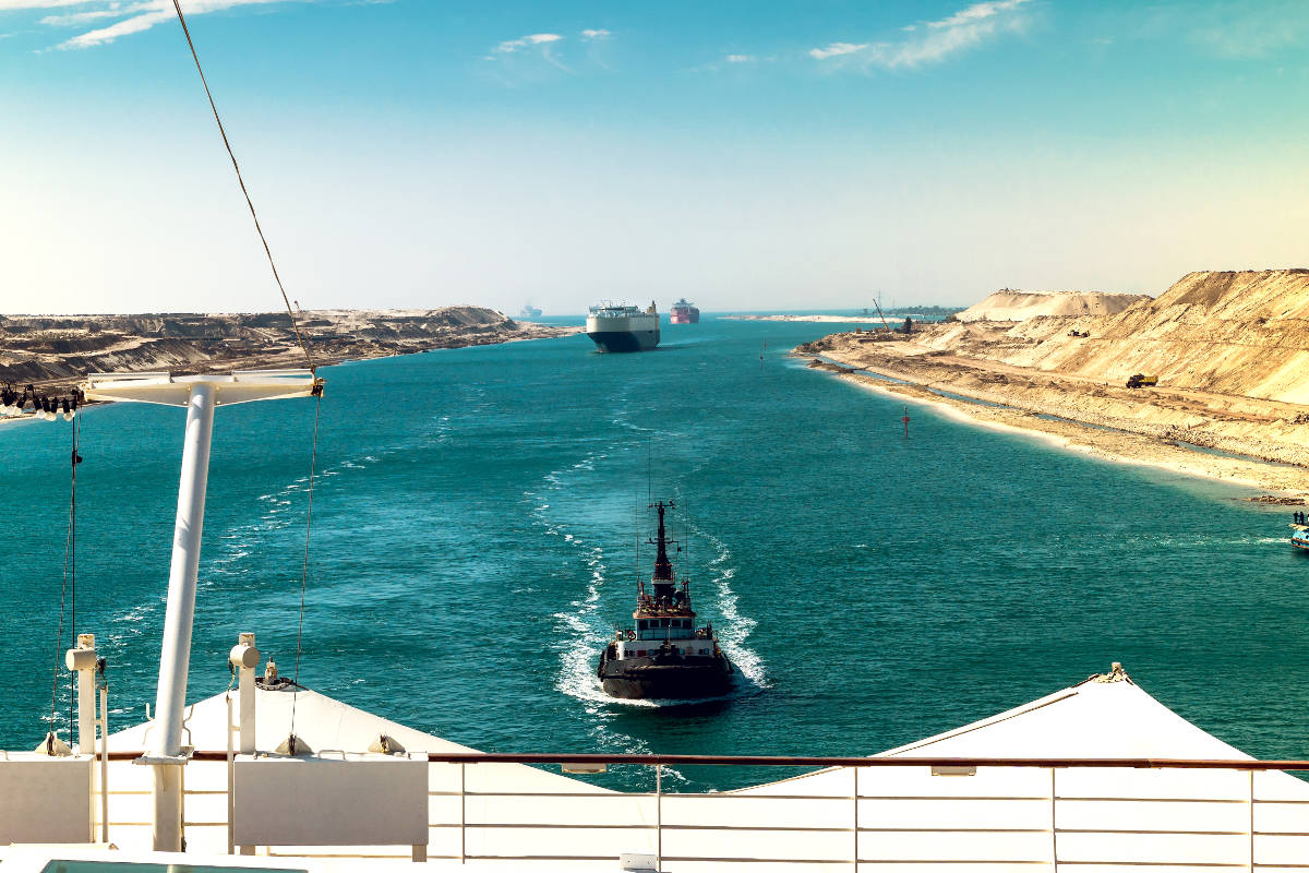 day trip to the suez canal from cairo book at civitatis com