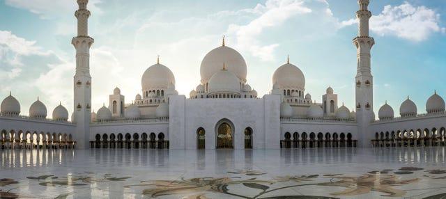 Tour privado por Abu Dhabi con guía en español