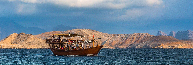 Crucero por los fiordos de Musandam