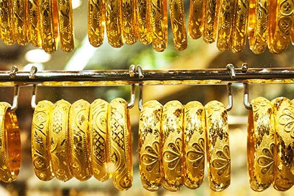 Suq di Bur Dubai Un buon luogo dove acquistare regali e