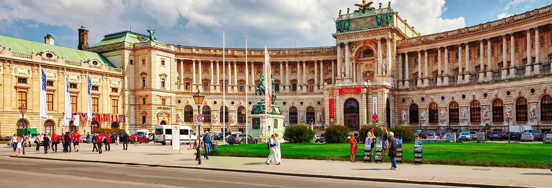 Excursión al Palacio Hof