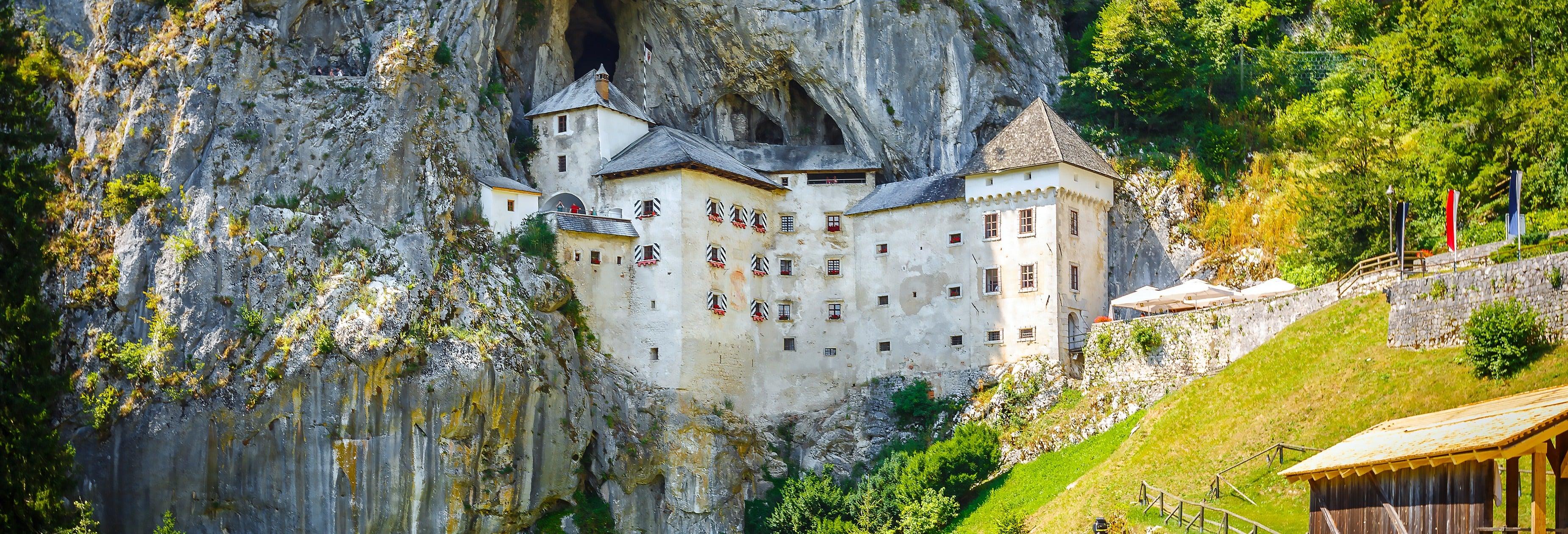 Excursão à caverna Postojna e ao castelo de Predjama
