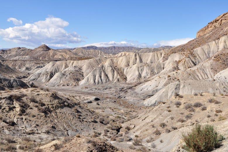 Tour por el desierto de tabernas en 4x4 almer a for Oficinas santander almeria