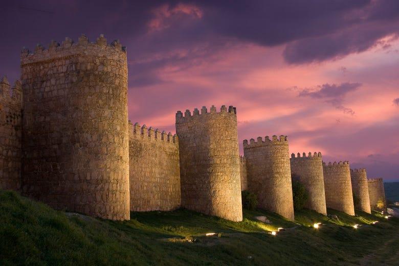 Muralla de Ávila al atardecer