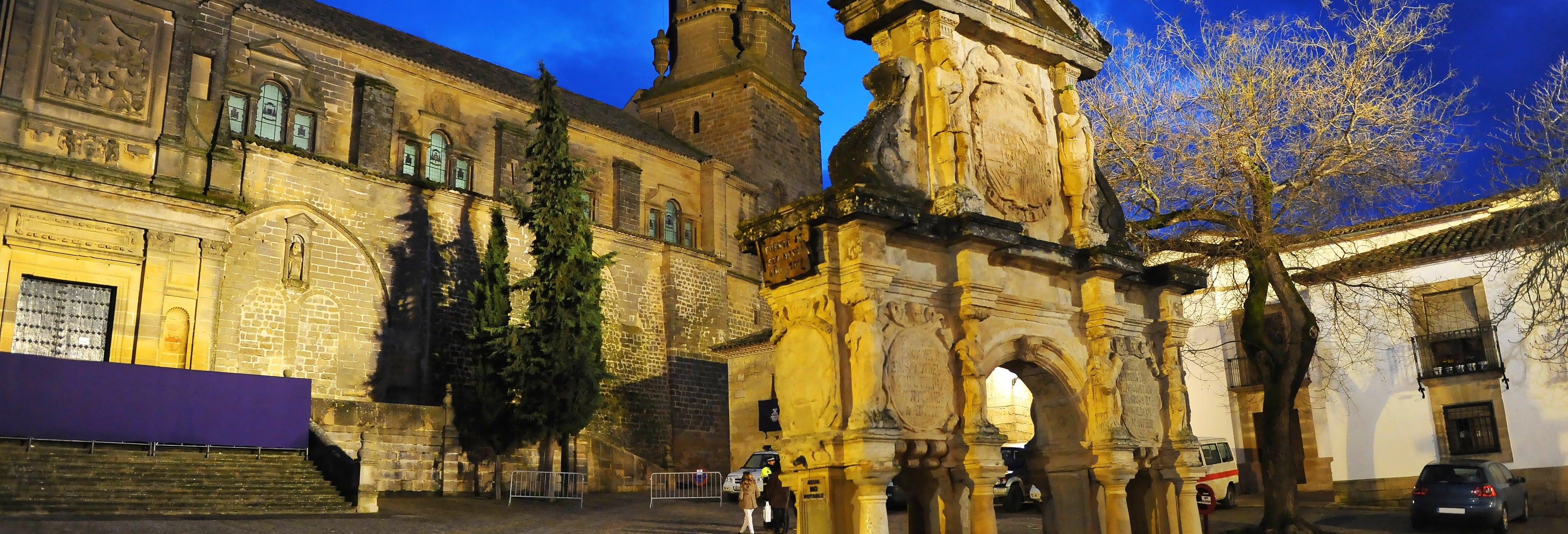 Tour nocturno por Baeza