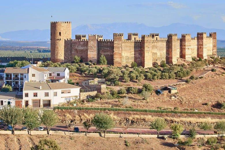 Visita Guiada Por El Castillo De Burgalimar Banos De La Encina