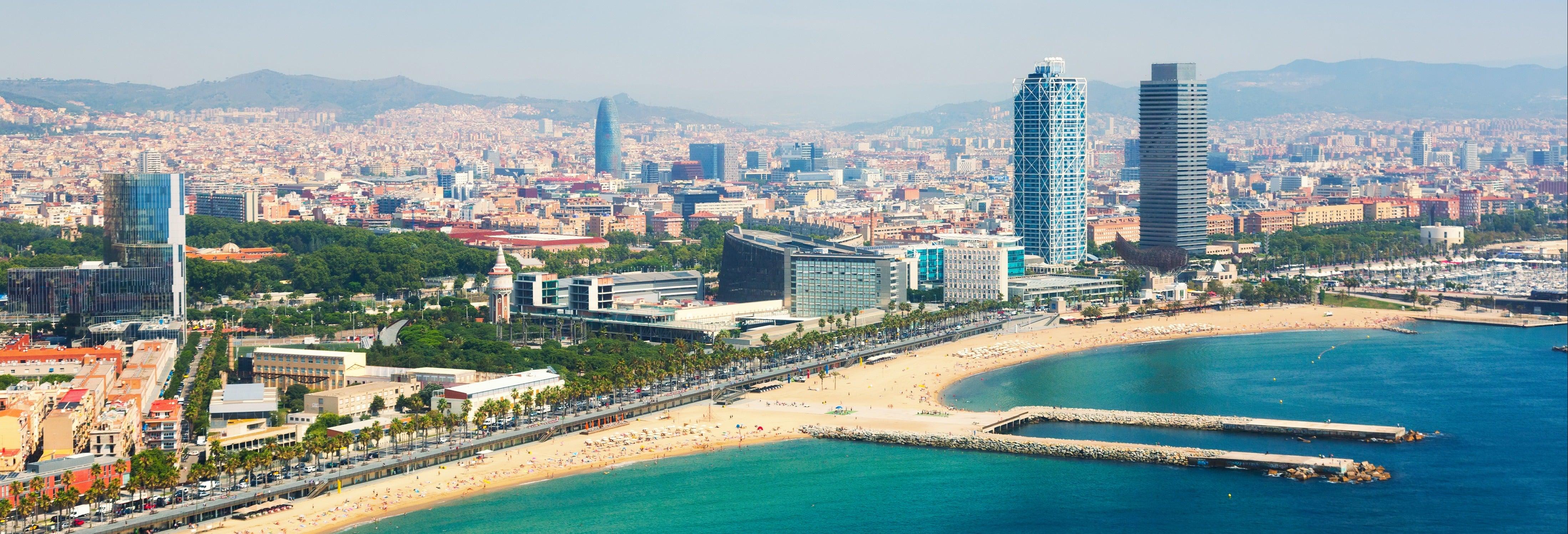 Barcelone sur la terre, la mer et dans les airs
