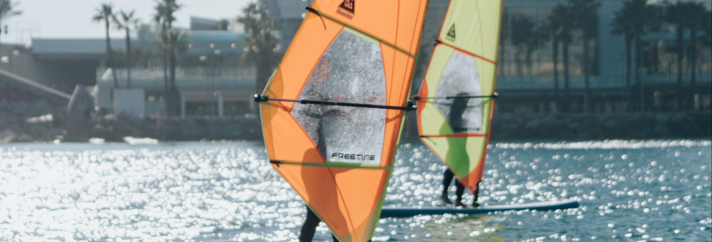Cours de windsurf à Barcelone