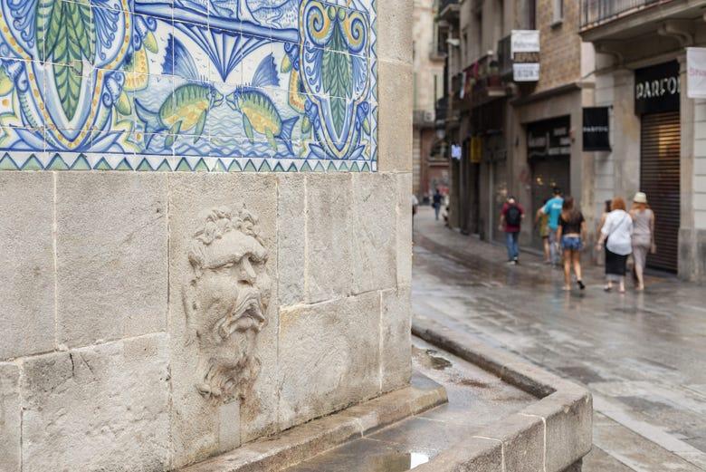 Visita guiada por la puerta del ngel de barcelona - Inem puerta del angel ...