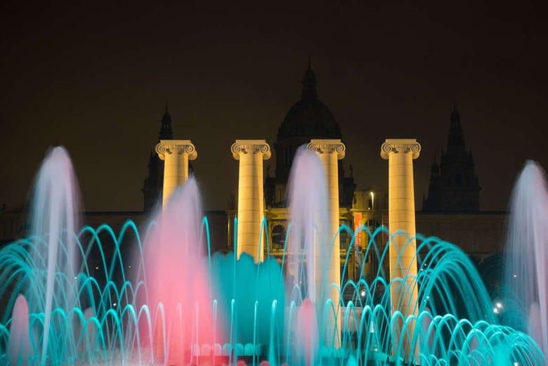 Visite nocturne à Barcelone et Fontaine Magique de Montjuic