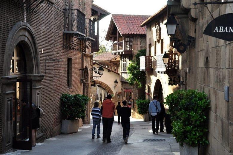 Resultado de imagen de pueblo español barcelona