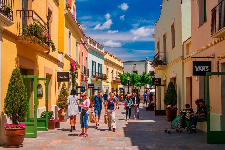 52ff241e90c La Roca Village Shopping Day Trip from Barcelona - Civitatis.com