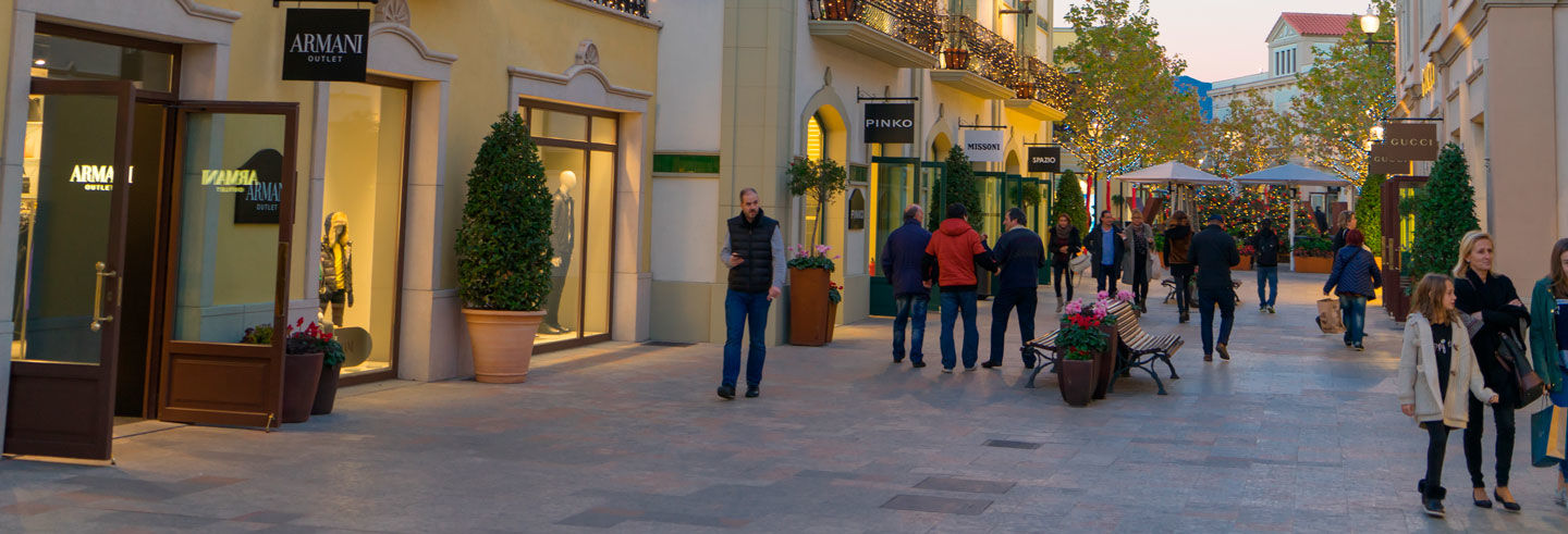 Tour dello shopping a La Roca Village