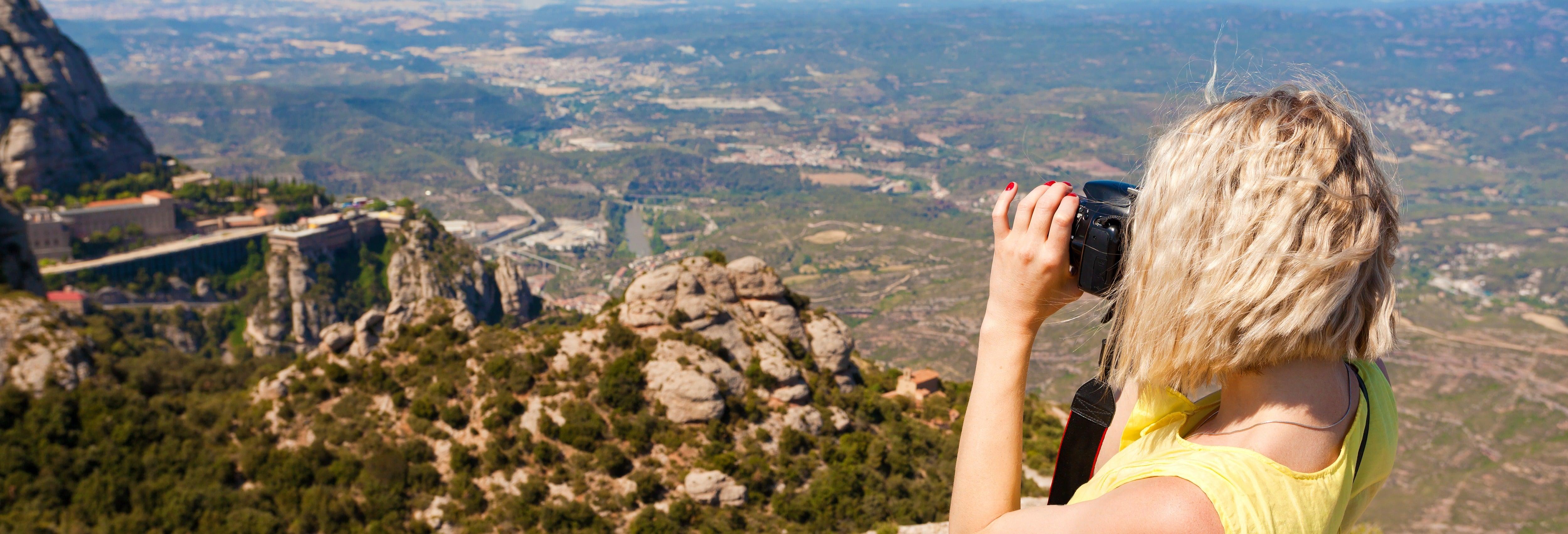 Montserrat & Sagrada Família Combo Tour