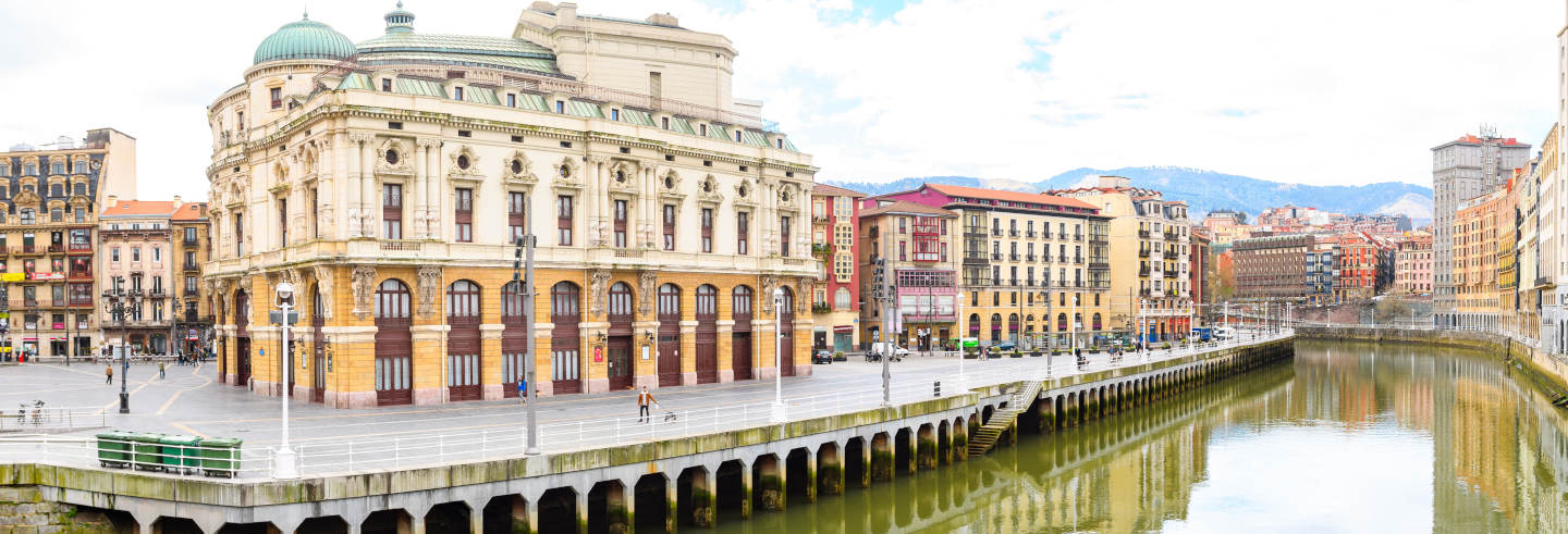 Free Walking Tour of Bilbao