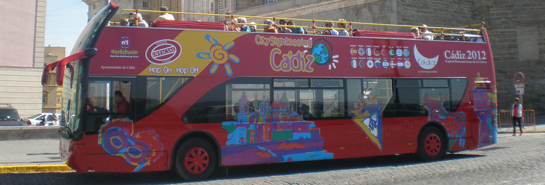 Ônibus turístico de Cádiz