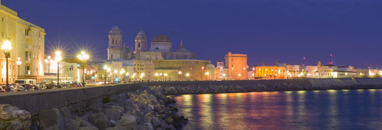 Tour de mistérios e lendas por Cádiz