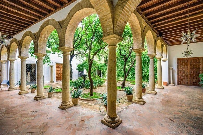 Visite du palais de Viana et de ses patios